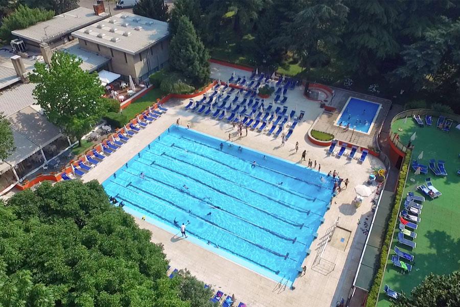 piscina_aperta